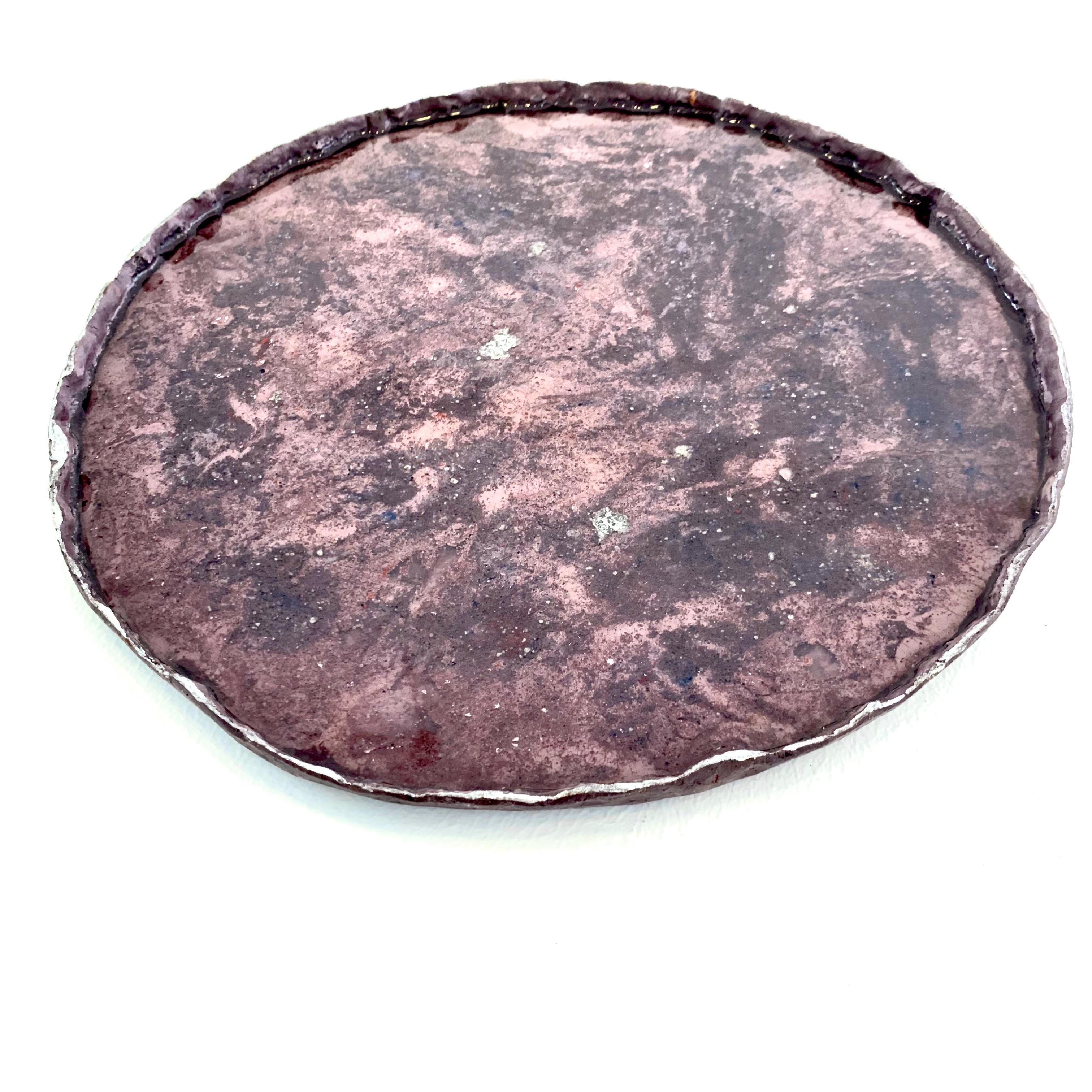 Petit plat rose foncé